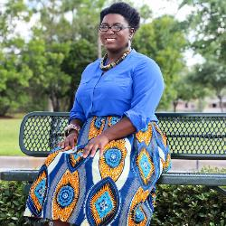 UofSC alumna Karissa Lindsay has found success starting out on her own as an entrepreneur and launching her own fashion line.