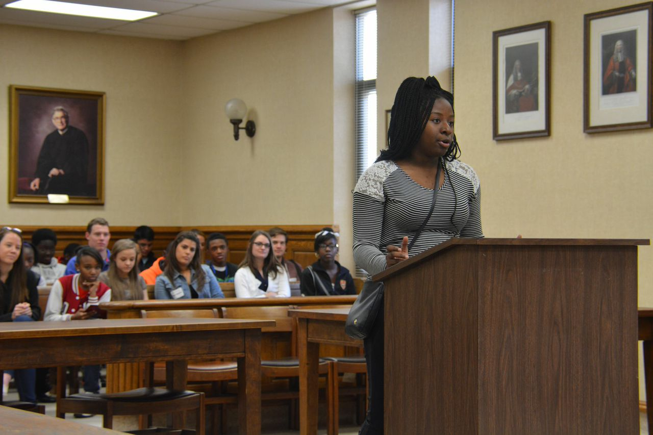 Before the benchMiddle School Mentoring - @UofSC | University of ...