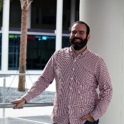 Felipe Thomaz is teaching marketing while pursuing his research into social networks from Facebook to corporate alliances.