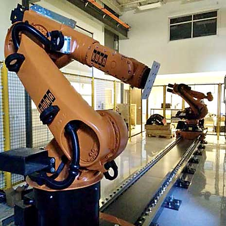 Robotic arms in McNair Center lab