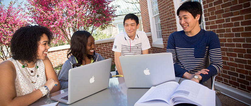 students studying at school of journalism