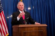Governor Henry McMaster speaks at the 2017 Governor's Awards for Excellence in Science ceremony.