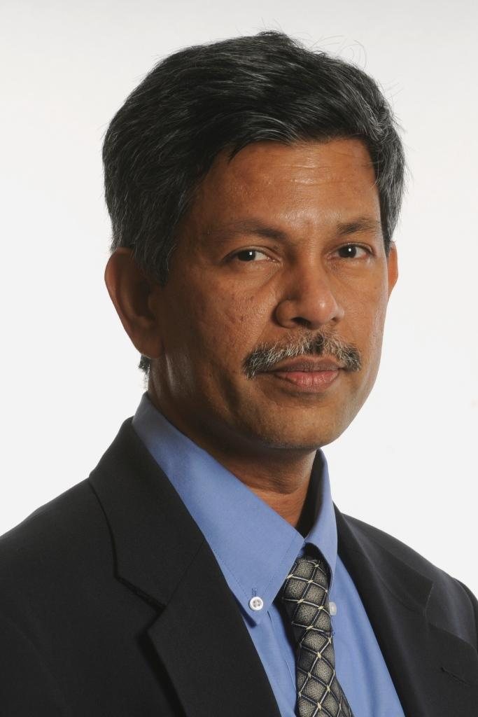 <strong>2018 Breakthrough Leadership in Research Award:</strong> Subrahmanyam Bulusu, Ph.D., Professor and Director of the Satellite Oceanography Laboratory, School of the Earth, Ocean and Environment, College of Arts and Sciences