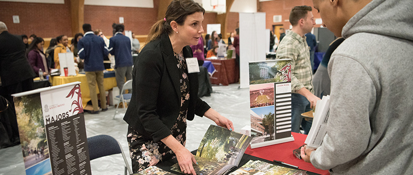 uofsc admissions rep at college fair