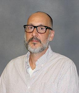 Dr. Thomas Makris