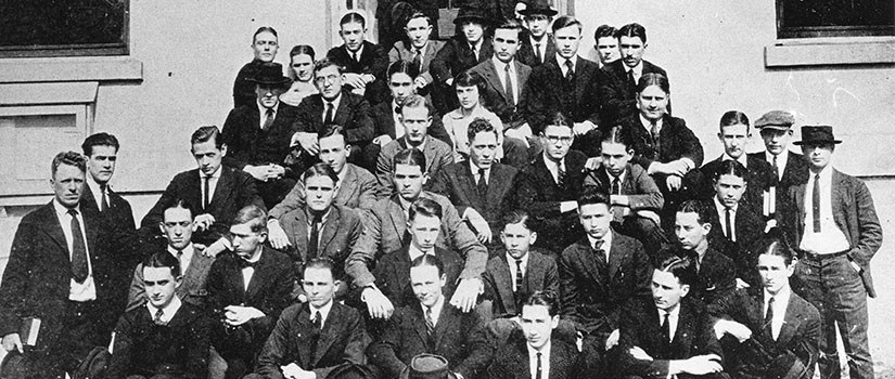 1919 class of business school students