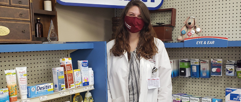 Pharmacy student at Medicine Mart pharmacy