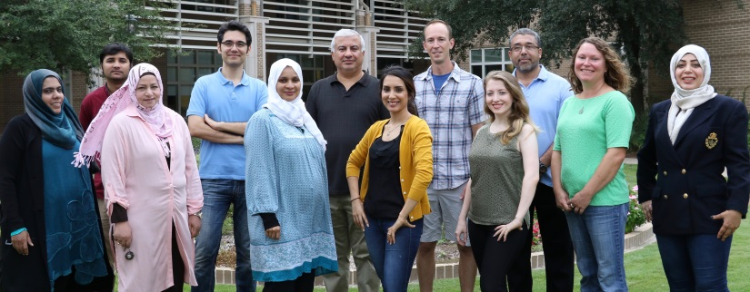 Center for Environmental Nanoscience & Risk Postdoctoral Researchers and Graduate Students posing
