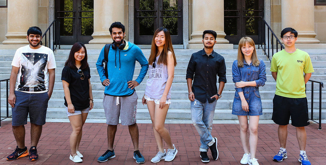 A group of male and female USC students
