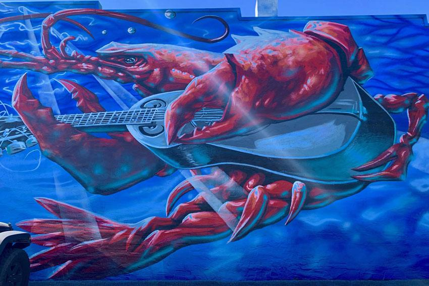 Musical crawfish mural on Rosewood Drive.