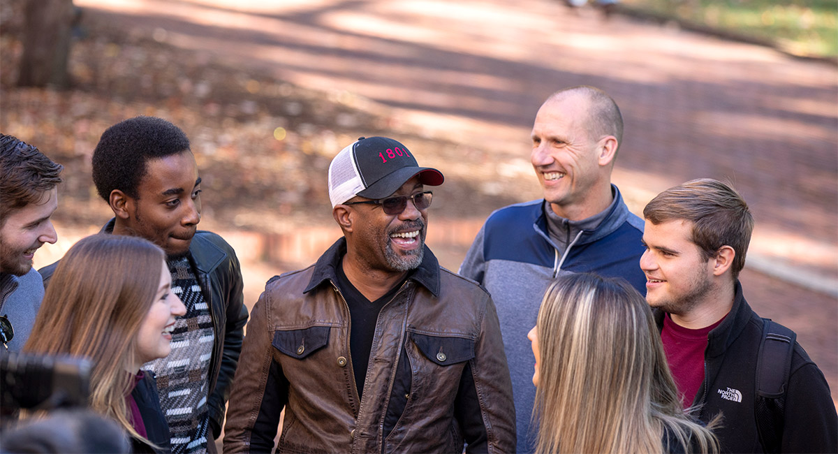 members of Hootie & the Blowfish on the Horseshoe