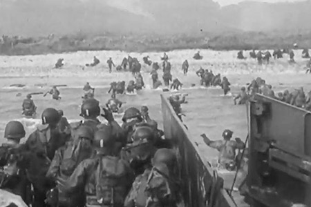 soldiers storming the beaches of Normandy
