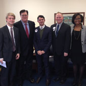 UofSC students meet with SC House Speaker Jay Lucas during Carolina Day at the Statehouse.